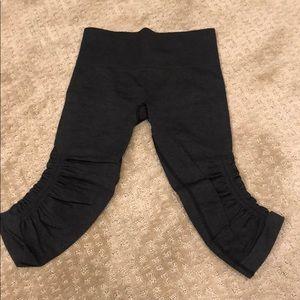 *RARE* Lululemon Capri leggings with ruffle